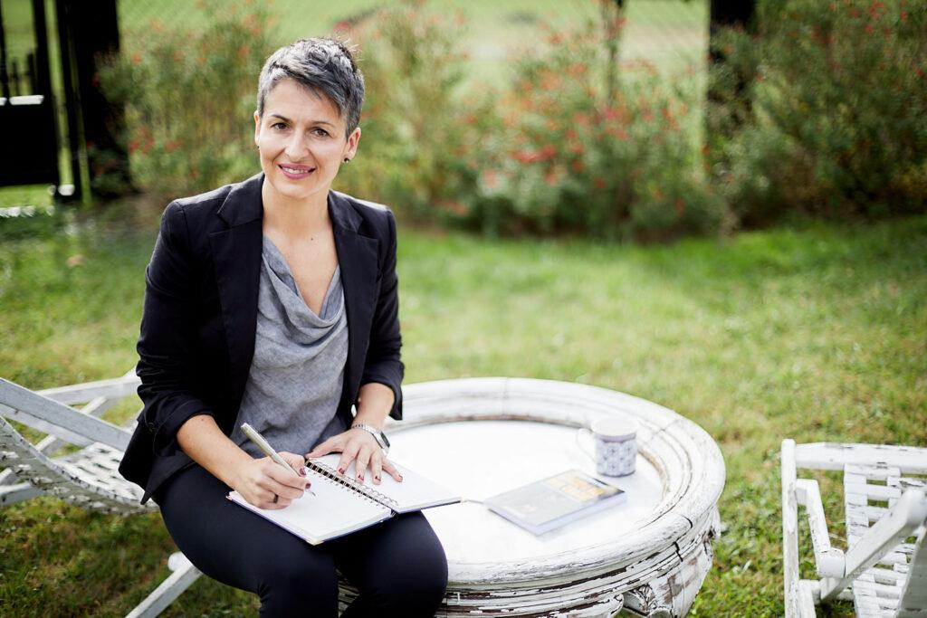 Lourdes Relloso: Escapa del maltrato